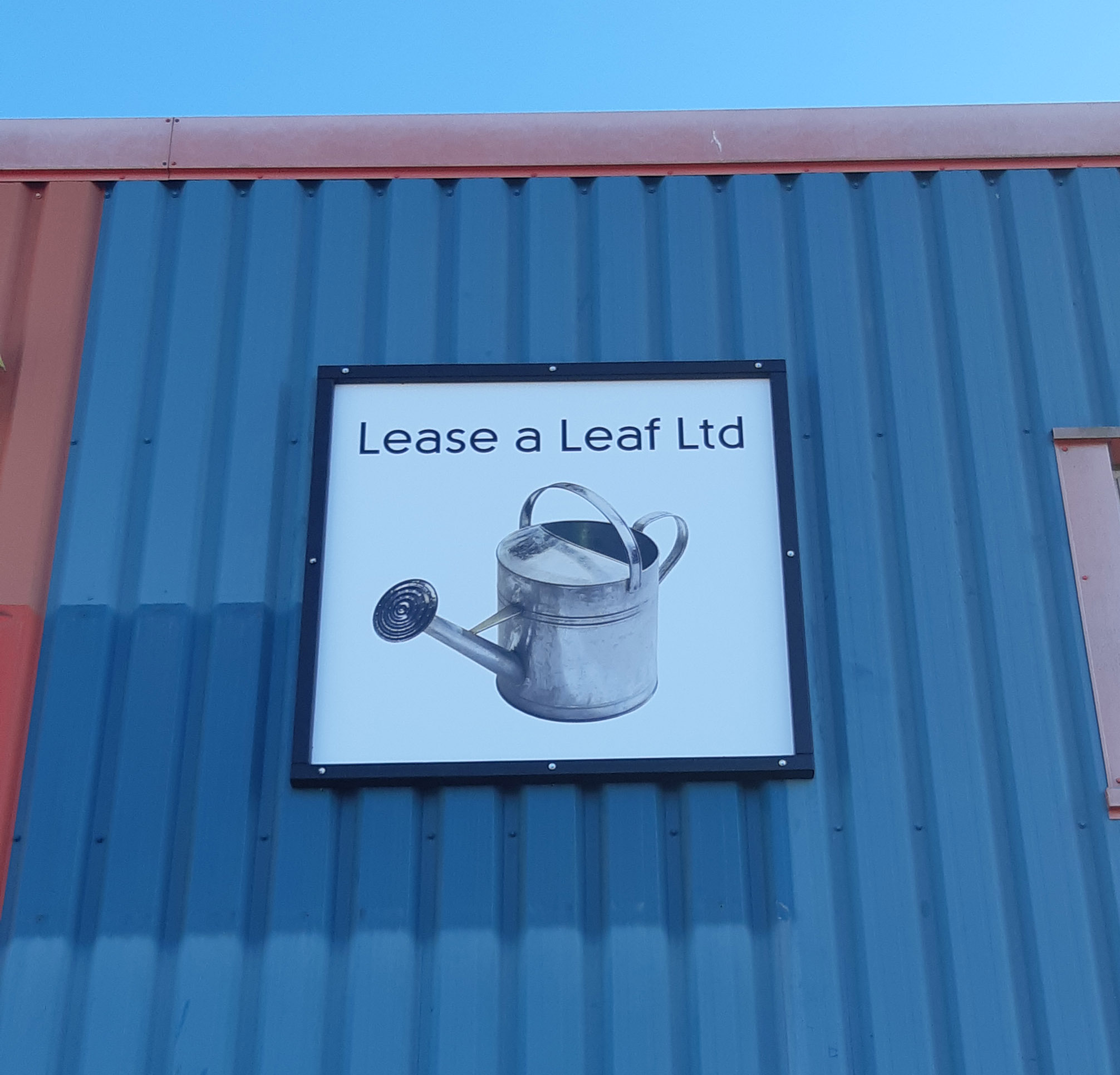 Lease-A-Leaf-Sign1