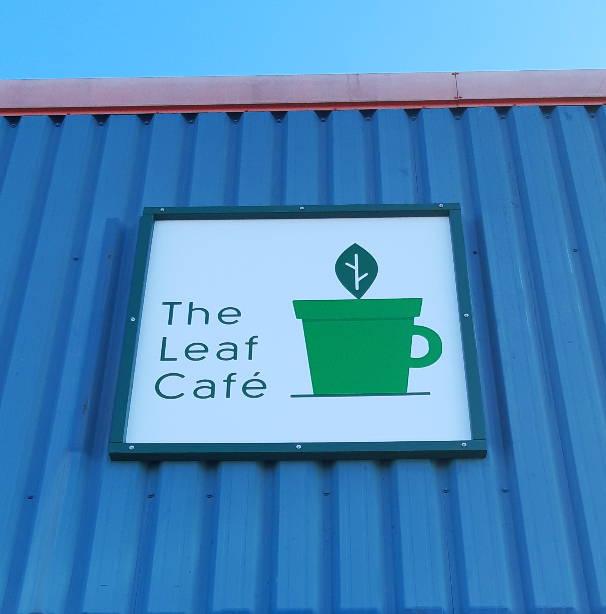 The-Leaf-Cafe-Sign3