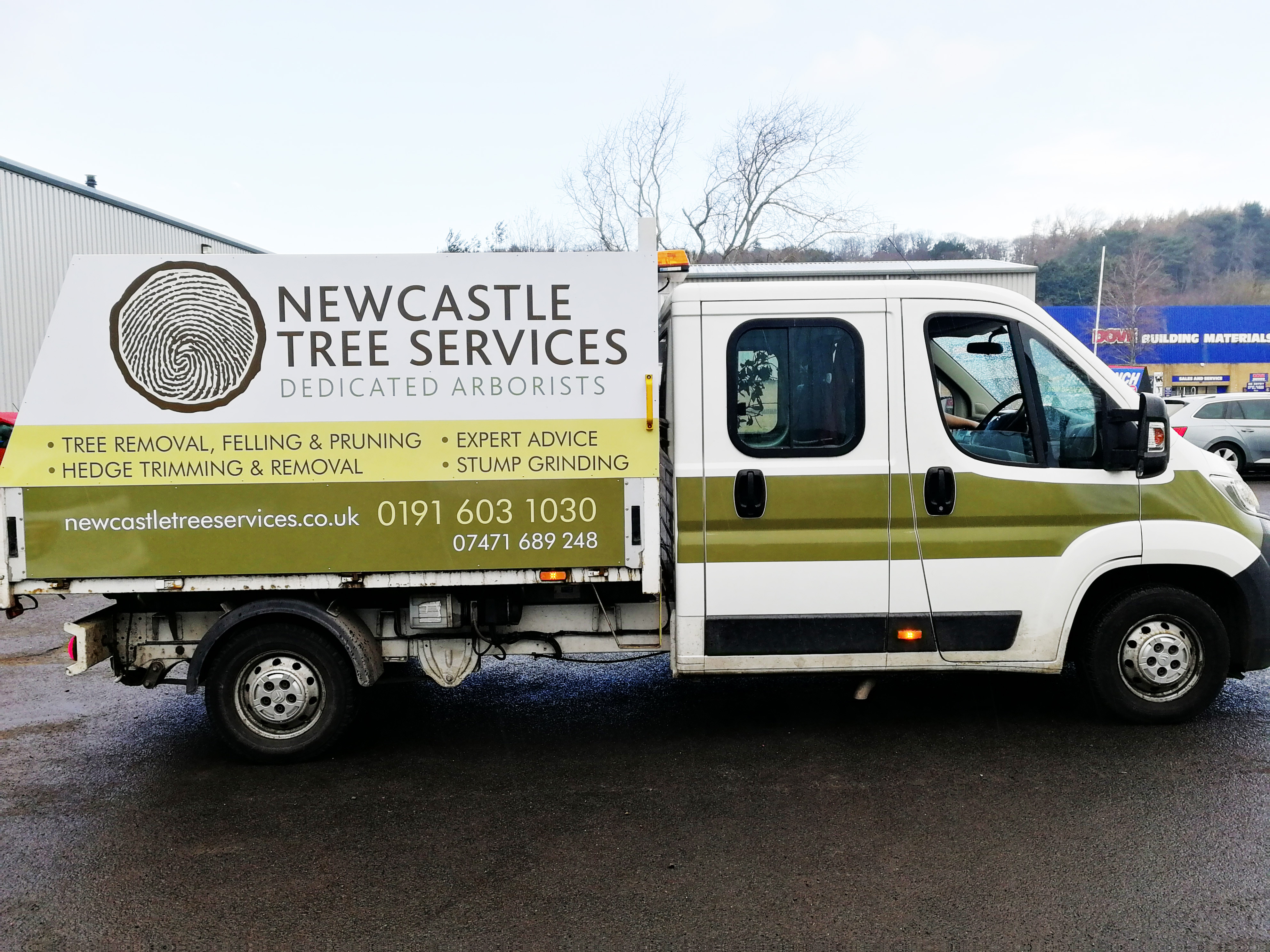 Newcastle-Tree-Services1-1